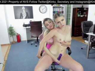 Jessy and Emily sensual play with happy end