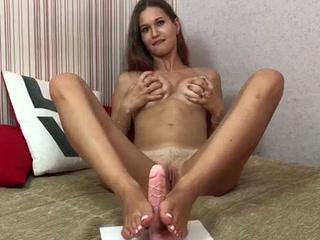 Stella Footjob
