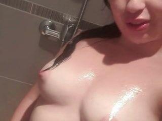 Douche bien hot