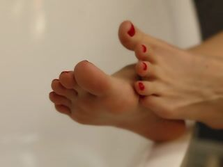 Emily Feet Fetish