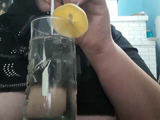 drink squirt from glass