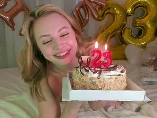 Happy Birthday! blow candles *_*