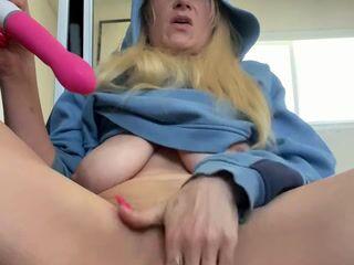 Mmmmm Pussy Dripping Good