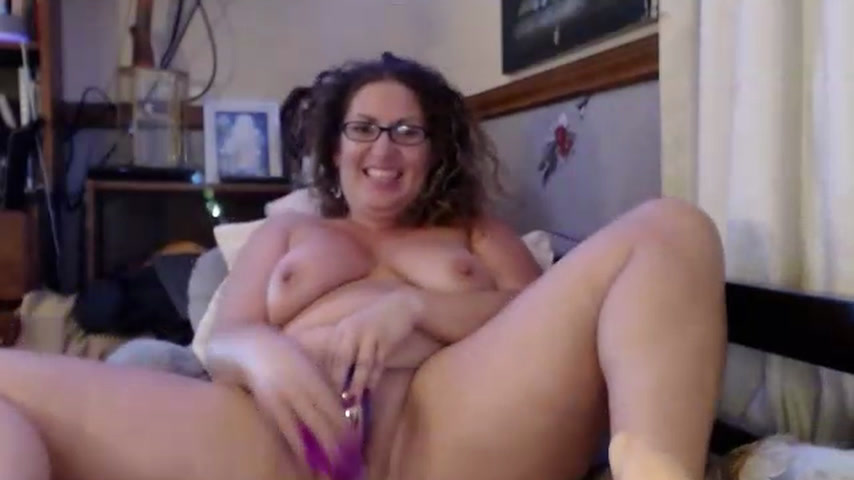 A little bit of BJ, front facing Pussy fucking..(Tits bouncin) . Lots of Moaning & Pounding my Pussy