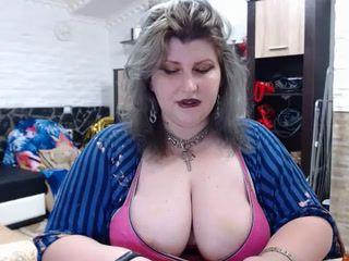 tits flash