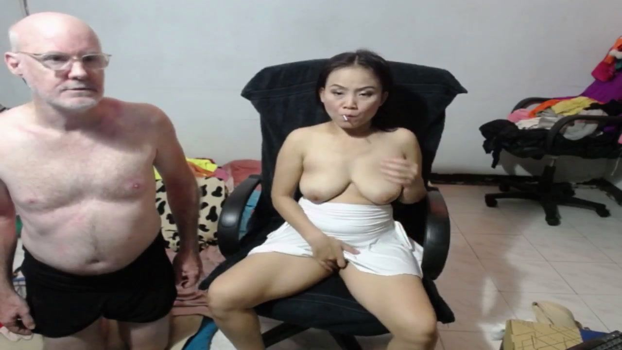 Na Showing Tits, Rubbing Pussy, Sucking Cock [15 Dec 00:08] Private Show