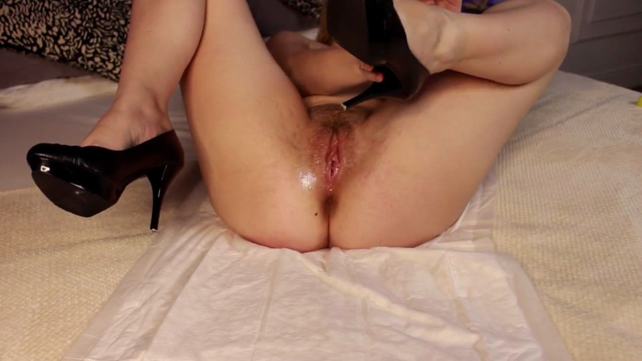 HEELS FUCK PUSSY AND ASS
