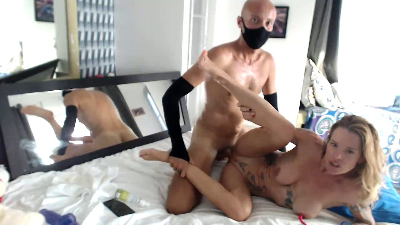 So horny420 ride grind and make myself cum hard on his dick