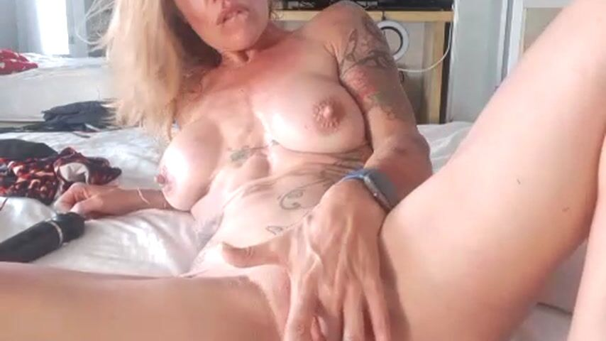 wet pussy play and love you/ dirty talk