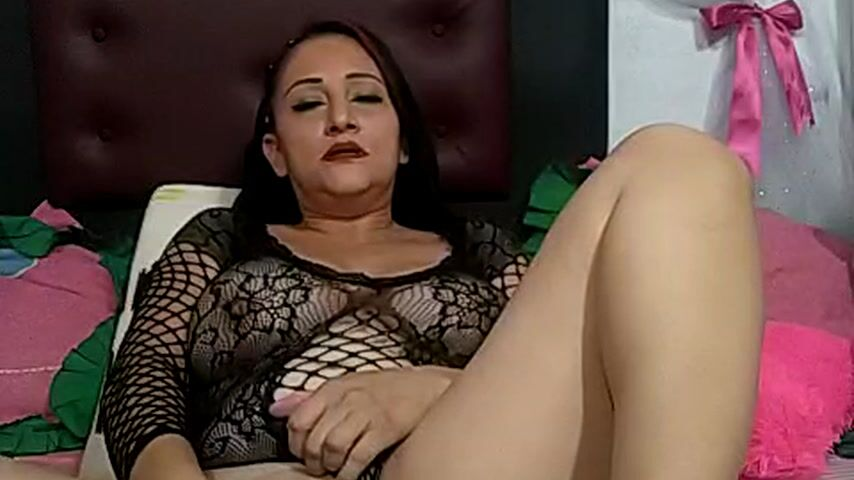 dildo in pussy and orgasm