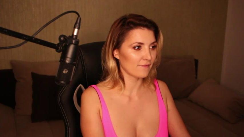 Ashley and Fiona teasing (boobs show)